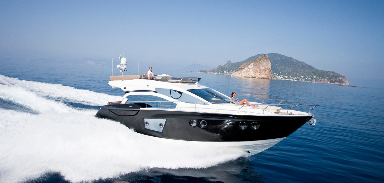 Экстерьер Sessa Marine FLY 54